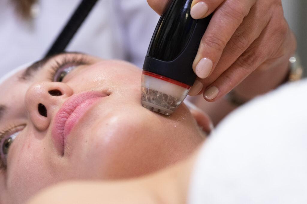 tratament facial